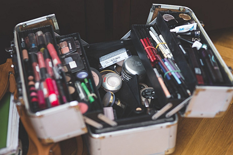 Declutter Your Bathroom & Laundry Room: 8 Things to go !  - get rid of makeup