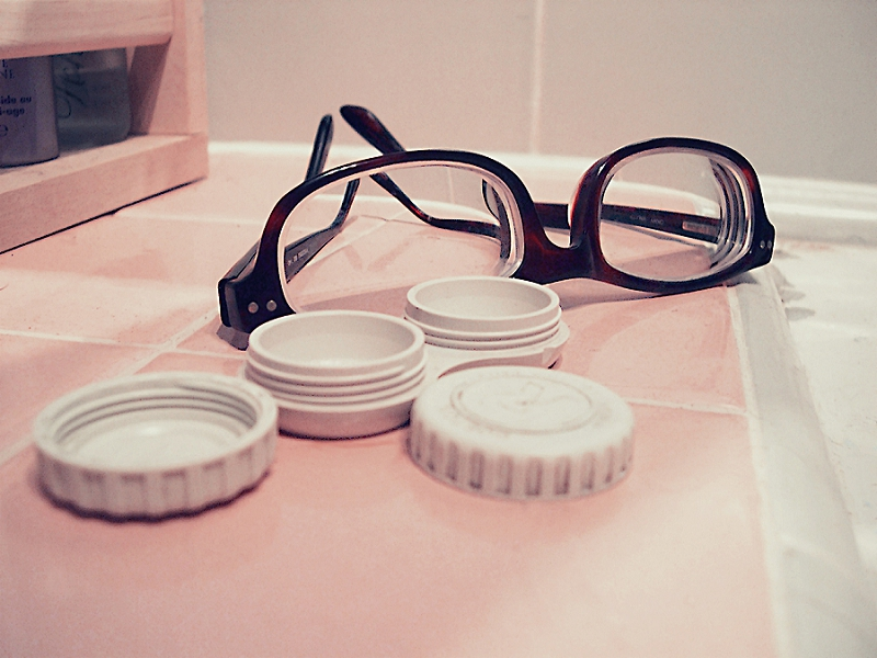 Declutter Your Bathroom & Laundry Room: 8 Things to go !  - get rid of old glasses