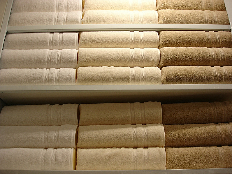 How to Declutter a Bedroom & Closet - get rid of towels