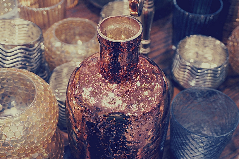 16+ Things to Get Rid of to Reduce Kitchen Clutter - get rid of vases